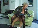 Omasex mit Granny Norma