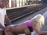 Ficken am Bahnsteig