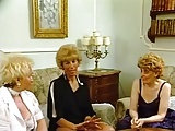 Drei alte Blondinen wichsen gemeinsam