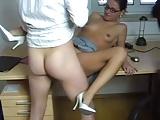 Chef fickt Sekretärin