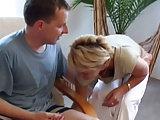 Reife Frau macht es mit ihrem Liebhaber