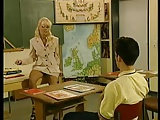 Kelly Trump als Lehrerin