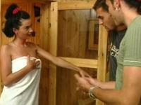 Nach der Sauna wird gefickt